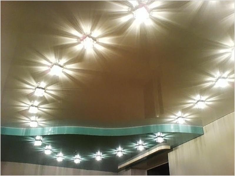Высота натяжного потолка со встроенными светильниками ... | 600x799