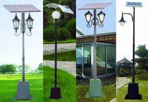 Фонари на столбах для освещения дорожек дома