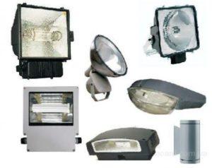 Прожекторы для освещения загородного участка