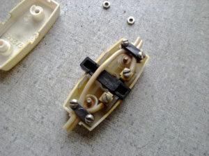 Подключение светильника через кнопочный выключатель на шнуре