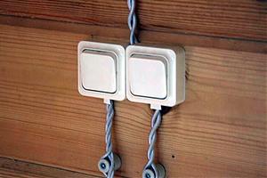 Установка выключателя открытой проводки своими руками