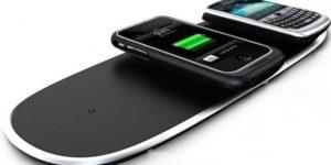 Беспроводные зарядные устройства могут заряжать сразу несколько смартфонов