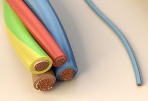 Проводники и диэлектрики при изготовлении проводов
